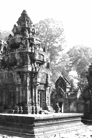 Black and White of Banteay Srei iPhone Wallpaper