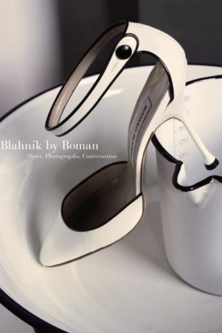 Manolo Blahniks! iPhone Wallpaper