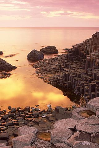 Weird Rock Formations iPhone Wallpaper